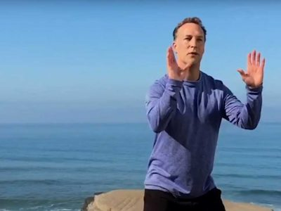 Lee Holden Qi gong